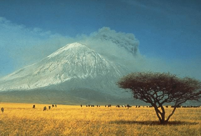 Ol doinyo lengai vulkan i udbrud